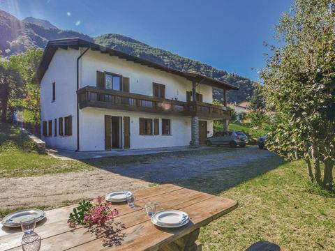Bild von ferienhaus am Comersee Al_Verde_Colico_20_Garten