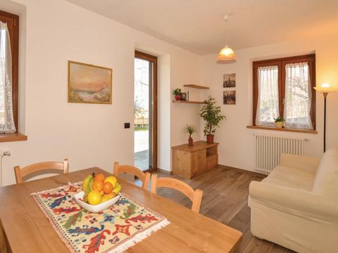 Bilder Ferienhaus Al_Verde_Colico_30_Wohnraum in Comer See Lombardei