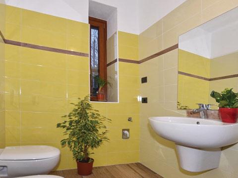 Bilder Ferienhaus Al_Verde_Colico_50_Bad in Comer See Lombardei