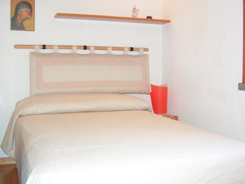 Bilder Ferienhaus Comer See Alessia_Rezzonico_40_Doppelbett-Schlafzimmer in Lombardei