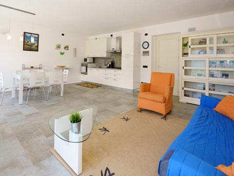 Foto van Appartement  Alex71_Gera_Lario_31_Wohnraum