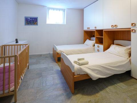 Foto van Appartement  Alex71_Gera_Lario_45_Schlafraum