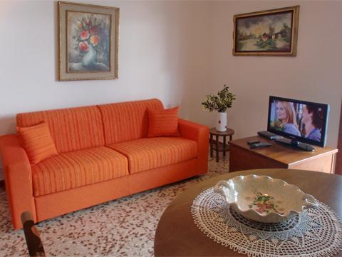 Foto van Appartement  Alex_Primo_Domaso_30_Wohnraum