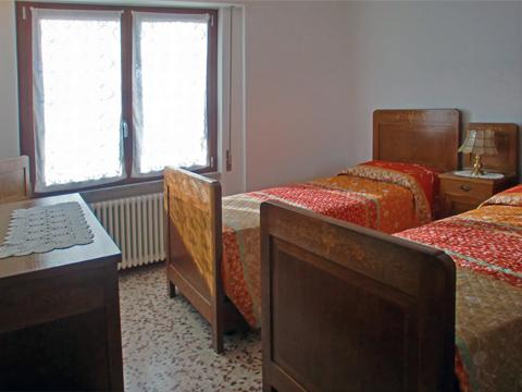 Foto van Appartement  Alex_Primo_Domaso_45_Schlafraum