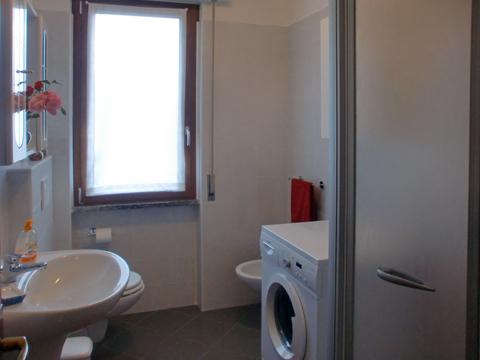 Foto van Appartement  Alex_Primo_Domaso_50_Bad
