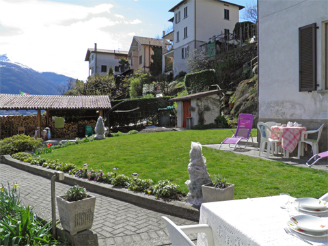 Picture of Lake Como apartment Alla_Spiaggia_Pianello_del_Lario_20_Garten