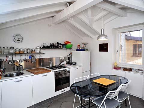 Foto van Appartement Comomeer Bellavista_Bellagio_35_Kueche