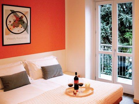 Bilder Ferienwohnung Cedro_311_Domaso_40_Doppelbett-Schlafzimmer in Comer See Lombardei