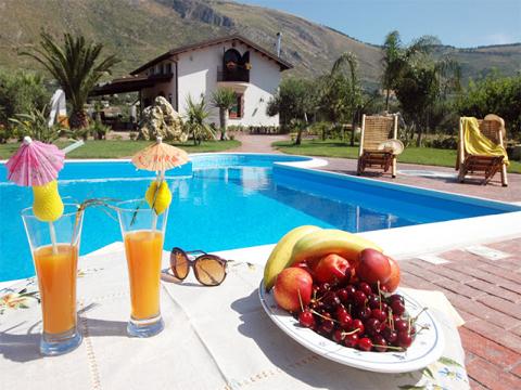 Bilder Villa Chiara_43__21_Garten in Sizilien Nordküste Sizilien
