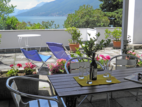 Bild von Ferienhaus am Comer See Clara_Terzo_Domaso_10_Balkon