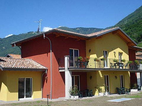 Picture of Lake Como apartment Colombo_Cernobbio_Bilocale_pt_Sorico_10_Balkon