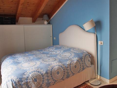 Bilder Ferienwohnung Comer See Degli_Angeli_San_Carlo_40_Doppelbett-Schlafzimmer in Lombardei