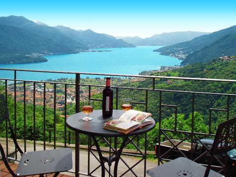 Bilder Ferienresidenz Elda_Peglio_10_Balkon in Comer See Lombardei