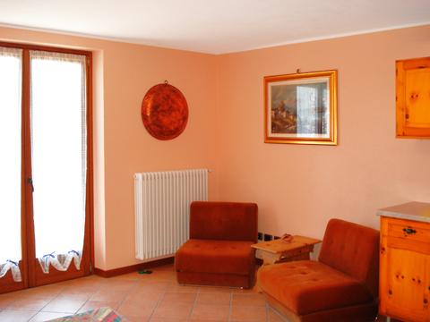 Bilder Ferienresidenz Elda_Peglio_30_Wohnraum in Comer See Lombardei