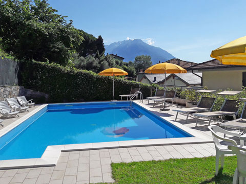 Bilder Ferienwohnung Comer See Il_Bosso_101_Domaso_15_Pool in Lombardei