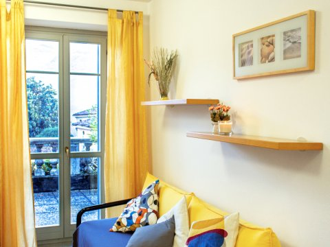 Bilder Ferienhaus Il_Bosso_203_Domaso_31_Wohnraum in Comer See Lombardei