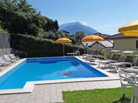 Bilder Ferienhaus Il_Bosso_204_Domaso_15_Pool in Comer See Lombardei