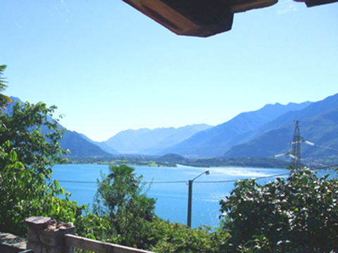 Bilder Ferienwohnung Ivan_Vercana_25_Panorama in Comer See Lombardei