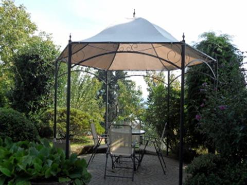 Bilder Ferienwohnung Lago Maggiore La_Quiete_819_Baveno_20_Garten in Piemont