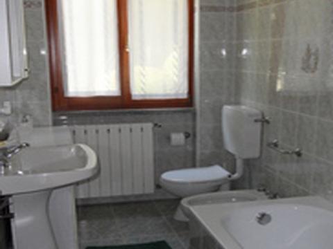 Bilder Ferienwohnung Lago Maggiore La_Quiete_819_Baveno_50_Bad in Piemont