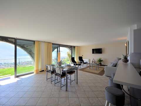 Bilder Ferienwohnung Comer See Larianella_Vercana_30_Wohnraum in Lombardei