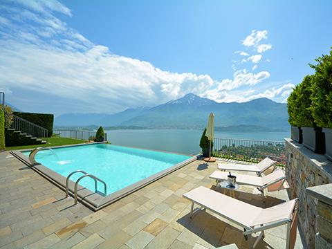 Bilder Ferienwohnung Lucia_Vercana_16_Pool in Comer See Lombardei