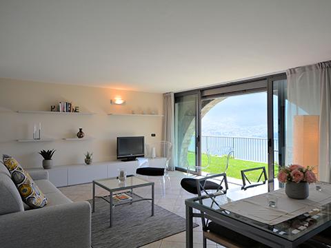 Bilder Ferienwohnung Lucia_Vercana_30_Wohnraum in Comer See Lombardei