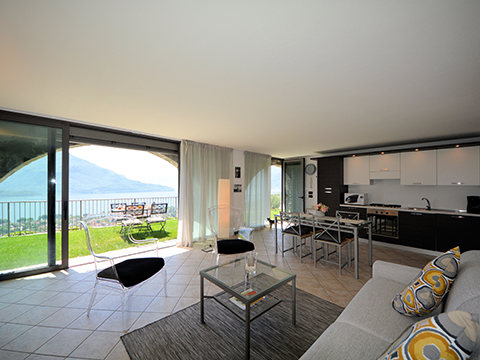 Bilder Ferienwohnung Lucia_Vercana_36_Kueche in Comer See Lombardei