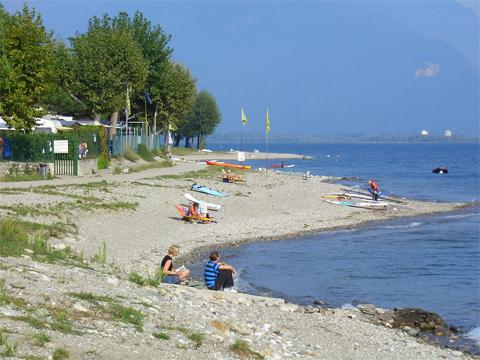 Bilder Ferienwohnung Lucia_Vercana_65_Strand in Comer See Lombardei