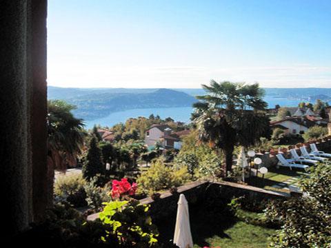 Bilder Ferienwohnung Mariucca_Azalea_757_Lesa_10_Balkon in Lago Maggiore Piemont