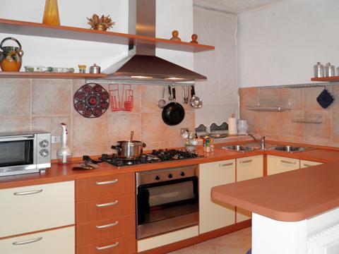 Bilder Ferienhaus Miky_secondo_Dervio_35_Kueche in Comer See Lombardei