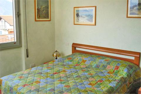 Bilder Wellness Ferienwohnung Norenga_Domaso_40_Doppelbett-Schlafzimmer in Comer See Lombardei