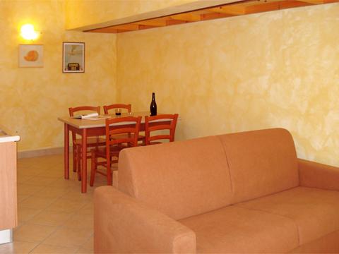 Foto van Appartement  Ortensia_secondo_Acquaseria_30_Wohnraum