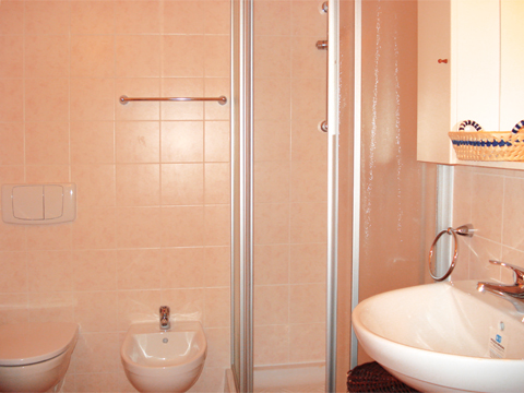 Foto van Appartement  Ortensia_secondo_Acquaseria_50_Bad
