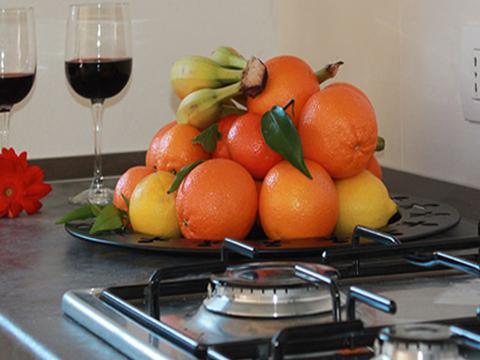 Bilder Wellness Ferienwohnung Paradiso_Bregagno_Gravedona_36_Kueche in Comer See Lombardei