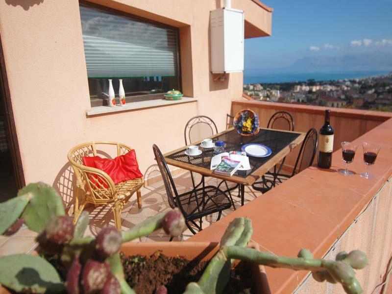 Bilder Villa Patric_1_Castellammare_del_Golfo_10_Balkon in Sizilien Nordküste Sizilien