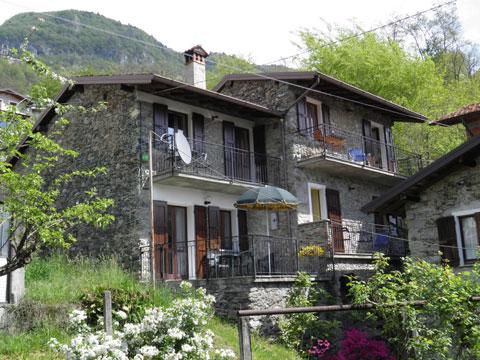 Bilder Rustico Comer See Paula_Gravedona_55_Haus in Lombardei