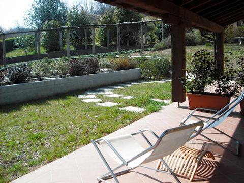 Picture of Lake Como apartment Picchio_Secondo_701_Mergozzo_20_Garten