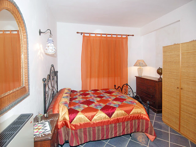Bilder Villa Romantica_49__40_Doppelbett-Schlafzimmer in