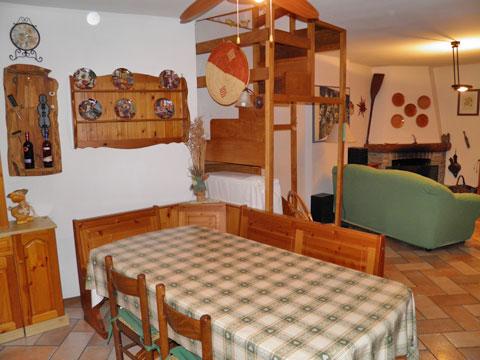 Bilder Ferienhaus Comer See Romantica_Rezzonico_31_Wohnraum in Lombardei