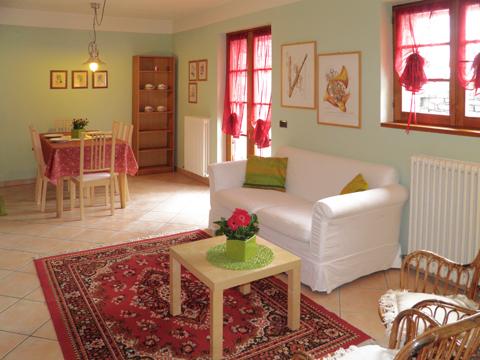 Bilder Ferienwohnung Rosanna_Gera_Lario_30_Wohnraum in Comer See Lombardei