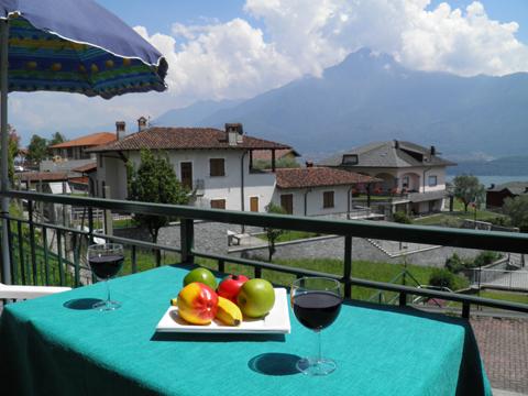 Bilder Ferienwohnung Rosi_Vercana_10_Balkon in Comer See Lombardei