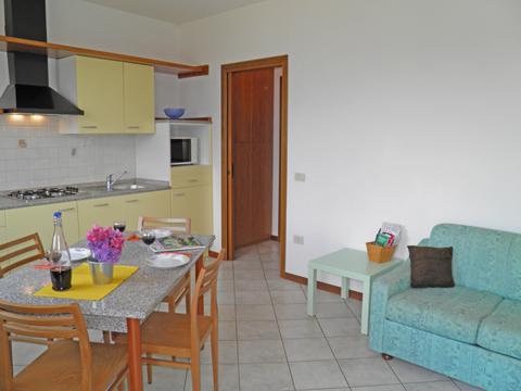 Bilder Ferienwohnung Rosi_Vercana_30_Wohnraum in Comer See Lombardei