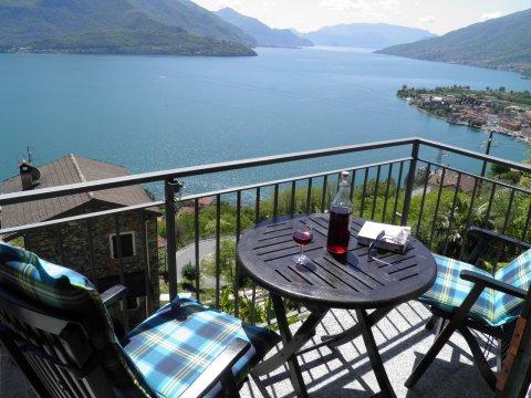 Bilder Ferienwohnung Sangiovese_Gravedona_25_Panorama in Comer See Lombardei