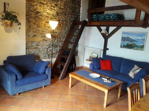 Bilder Ferienwohnung Sangiovese_Gravedona_30_Wohnraum in Comer See Lombardei