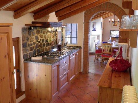 Bilder Ferienwohnung Sangiovese_Gravedona_36_Kueche in Comer See Lombardei