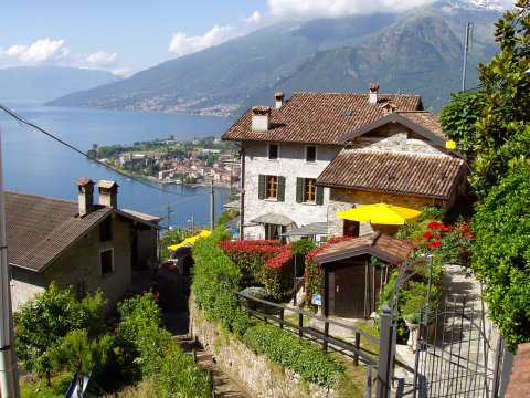 Bilder Ferienwohnung Sangiovese_Gravedona_55_Haus in Comer See Lombardei