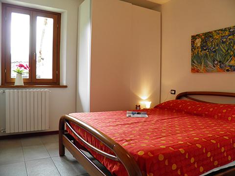 Bilder Ferienwohnung Serravalle_Livo_45_Schlafraum in Comer See Lombardei