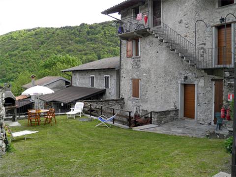 Bilder Ferienwohnung Serravalle_Livo_55_Haus in Comer See Lombardei
