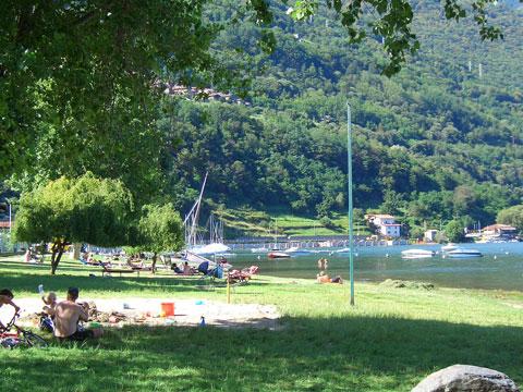 Bilder Ferienwohnung Comer See Silvia_Vercana_65_Strand in Lombardei
